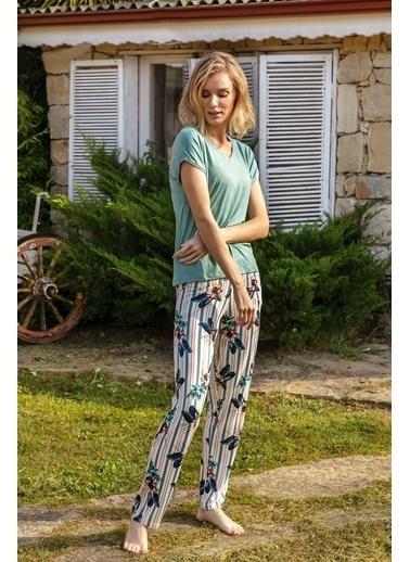 Anıl Çiçekli Çizgili Viskon Kısa Kollu Pijama Takım Yeşil